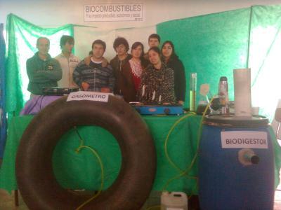 Estamos en la EXPOCIENCIA Distrital 2011